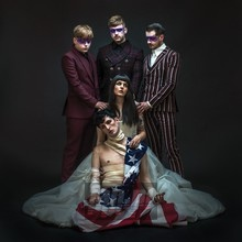 American Noir - Creeper